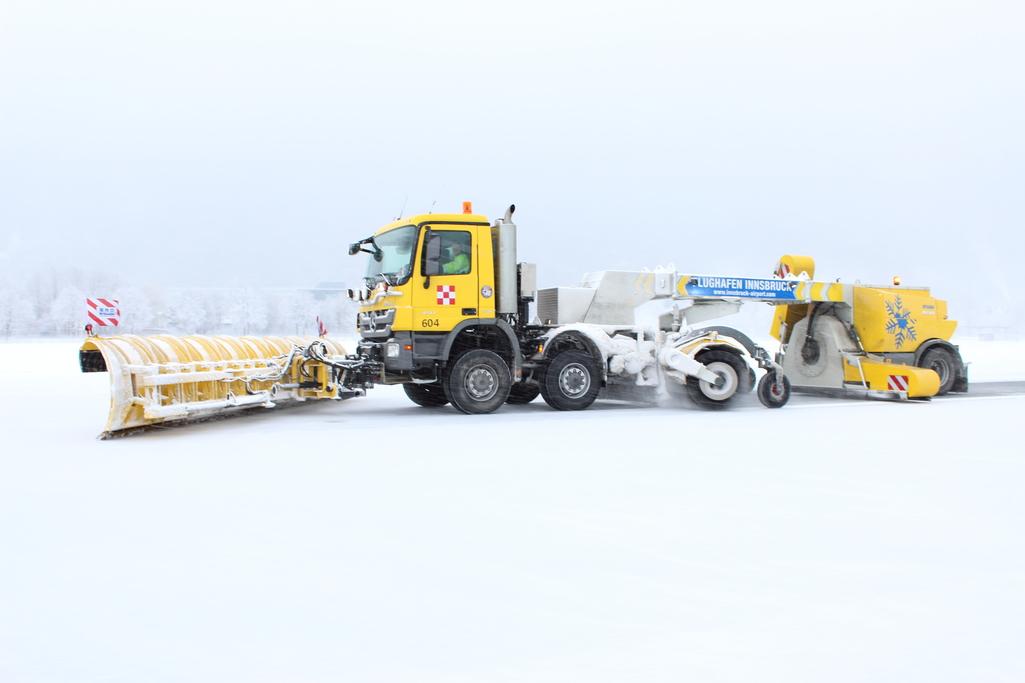 spazzaneve overaasen dalla norvegia il piu potente e robusto Winterdienst_020215_0060_RSC-400-edit1-edit1